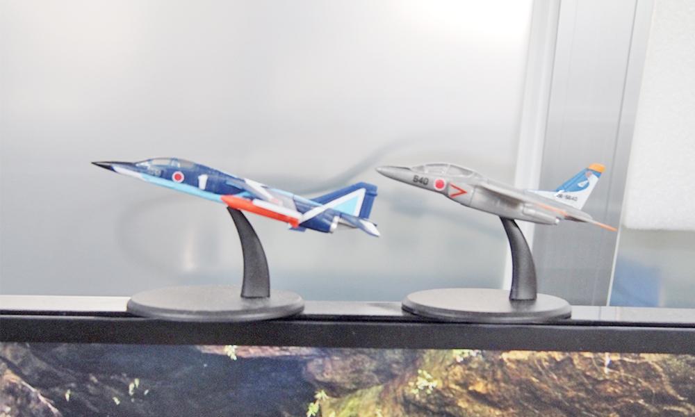 飛行機のミニ模型